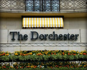 The_beautiful_Dorchester_Hotel_in_London_Mayfair,_England_United_Kingdom._One_of_the_most_recognized_and_luxurious_hotels_on_the_planet._Enjoy!_)_(4579307301)
